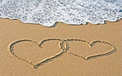 hearts-in-a-beach