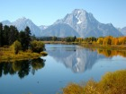 mirror-reflection-of-grand-tetons
